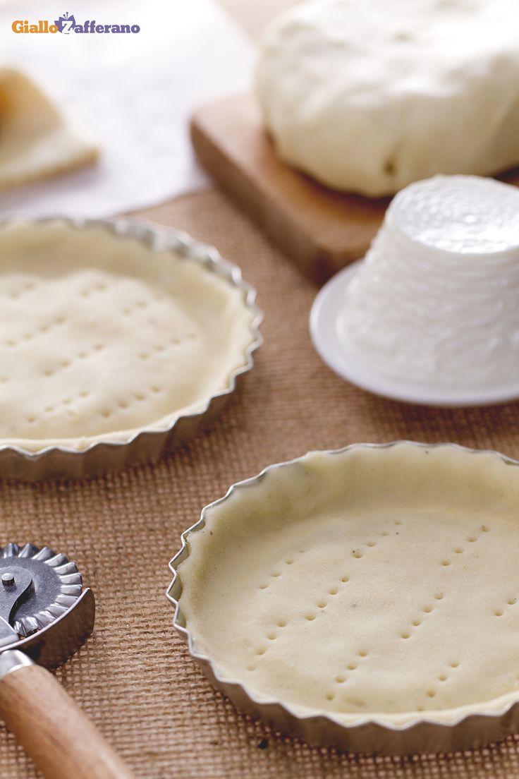 Per un impasto delicato e più leggero, preparate la PASTA FROLLA ALLA #RICOTTA (how to make shortcrust pastry with ricotta)! #ricetta #GialloZafferano  #italianfood #italianrecipe
