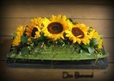 Bloemschikken: Maken van een bloemstuk voor op tafel tafelversiering met bloemen