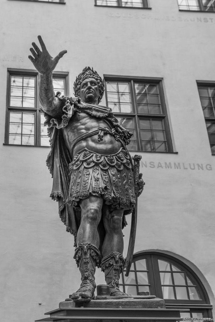 Kaiser Augustus - Augsburger Augustusbrunnen Anno 1588  Augsburg, Germany