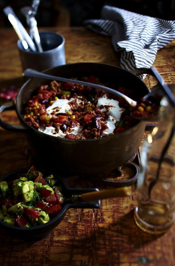 Our Favorite Recipe For Chili Con Carne With Cinnamon And Dark Chocolate And Easy Food Recipes Mexican Food Recipes Popular Recipes Chili Con Carne