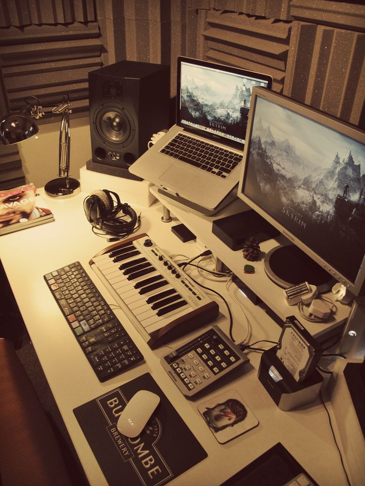 Kind of a nice looking workspace.