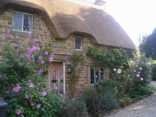 quaint english cottages | cottages english cottages latest slideshow thumbnails add picture to ...