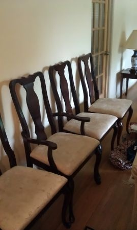 St Louis Dining Table With 6 Chairs MUST GO 500