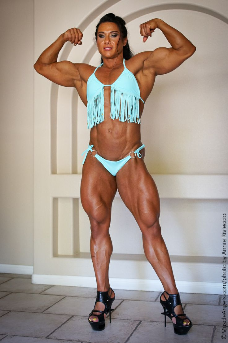 image Hot bodybuilder check out those big muscles cumshot