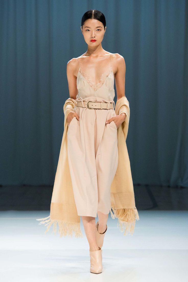 Ryan Roche Spring 2017 Ready To Wear Fashion Show