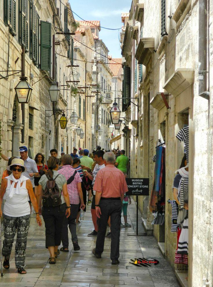 Dubrovnik Old City, Croatia, Nikon Coolpix L310, 15.1mm, 1/250s, ISO80, f/4.2, HDR-Art photography, 201607081239