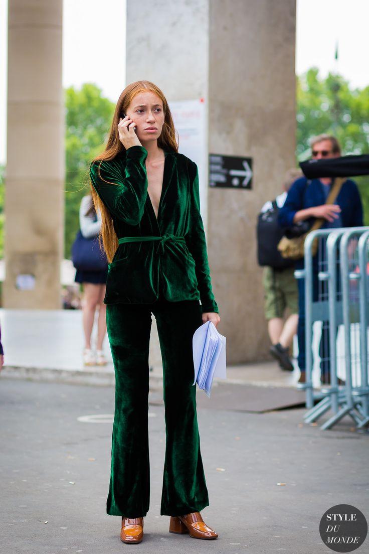 Paris street style by STYLEDUMONDE Street Style Fashion Photography