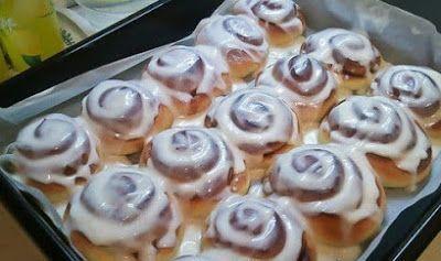 Эти  булочки с корицей просто тают во рту. Сметаются с тарелки моментально,  потому что вкус у их просто фантастический! Смотрите рецепт и попробуйте  приготовить эту вкуснятину.Ингредиенты:Тесто:1 …