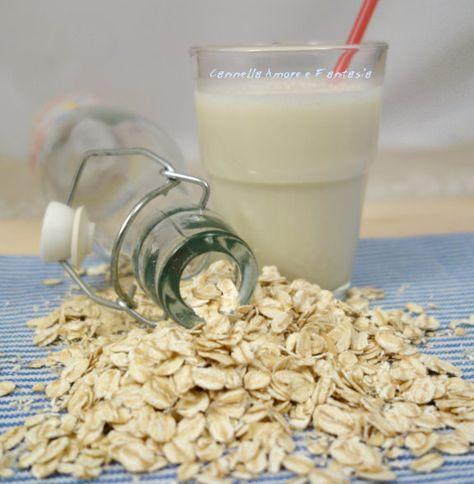 Il latte di avena fatto in casa è veramente buono e salutare, adatto ai vegani, gli intolleranti al lattosio, per le donne incinte e contro il colesterolo!