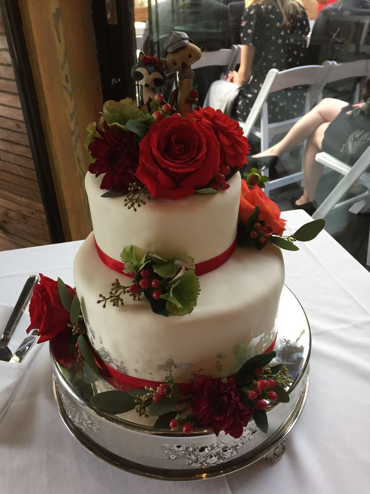 Fall themed wedding cake.  Real wedding in Vancouver, BC. #createweddingsandevents #vancouverweddings