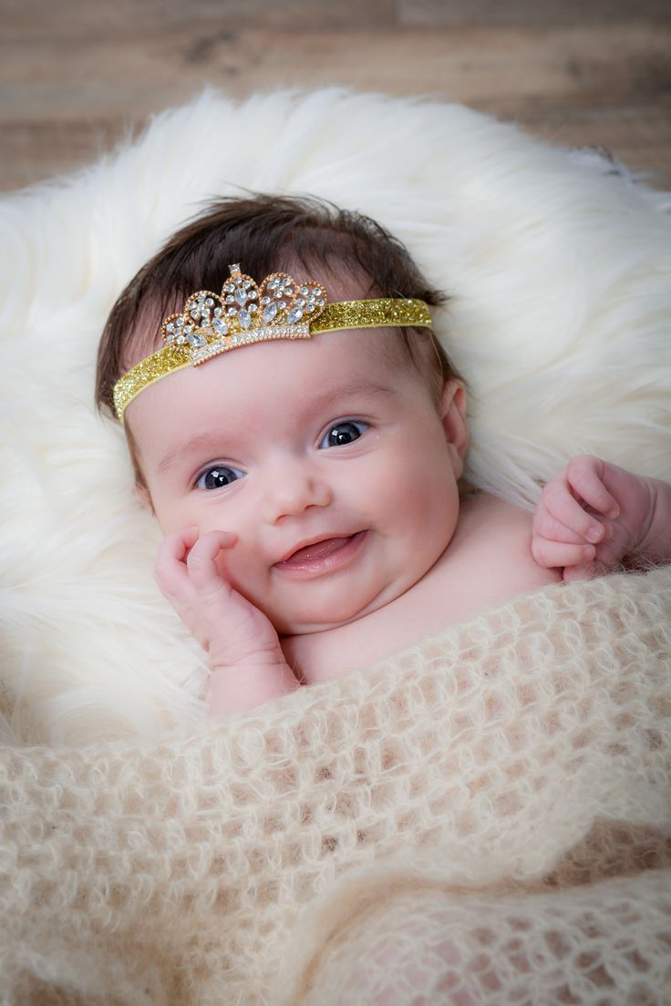 Such a cute smile from this newborn baby girl on her 1st ...