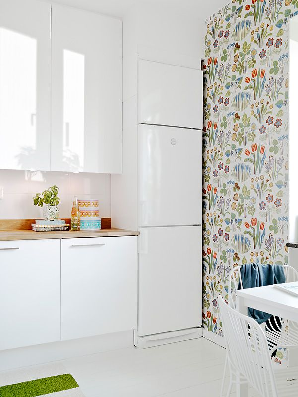 Cute Scandinavian  wallpaper. I'd like something like this somewhere in my house. If I can find out what it is...