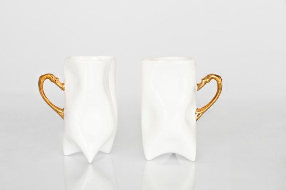 Ceramic white and gold handbuilt cups. Porcelain mugs by ENDEsign