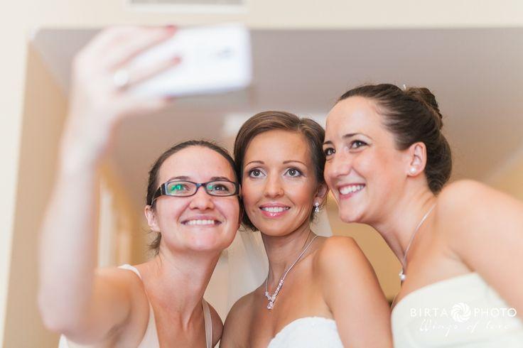 wings of love - wedding photo - www.birtaphoto.com #Bestphotographer #Viennaphotography #PreWeddingPhotoVienna