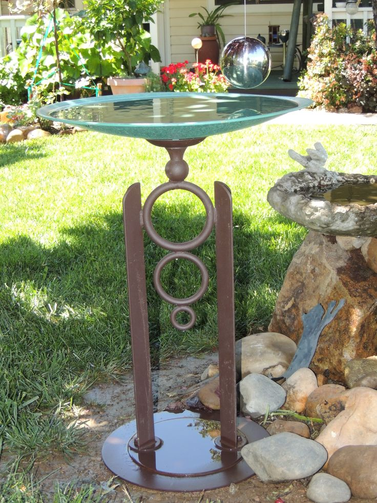 Tom Torres Bird Bath In My Front Yard Front Yard Design