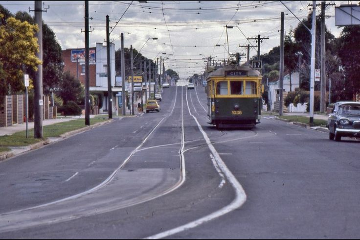 Today's historic pic: 30 years ago today, August 15 1987, W7 tram 1036 waits to enter the single track in Glenhuntly Road, Carnegie, Vic.