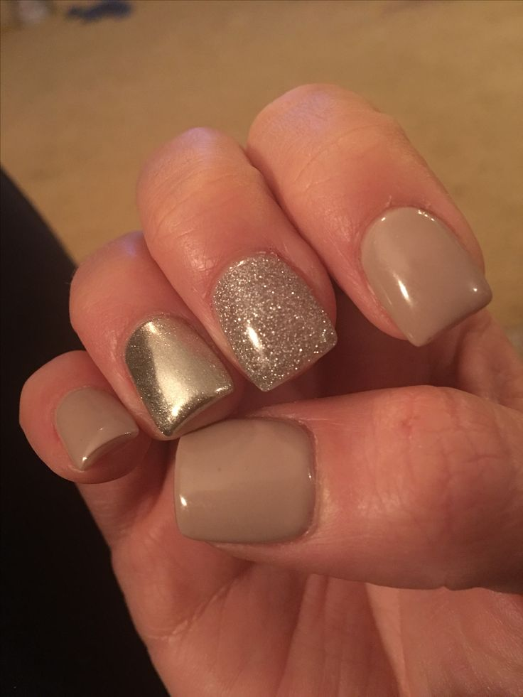 Chrome Accent Nail With Nude Polish And Silver Glitter -5326