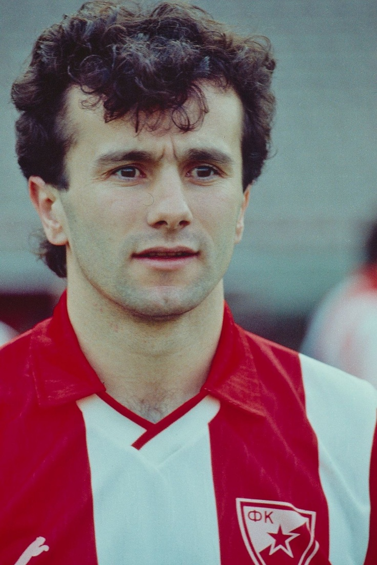 Dejan Savicevic (Etoile Rouge de Belgrade)