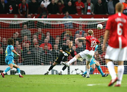Paul Scholes is one of my favourite players. The day he came out of retirement was a very special day for me. Genius!