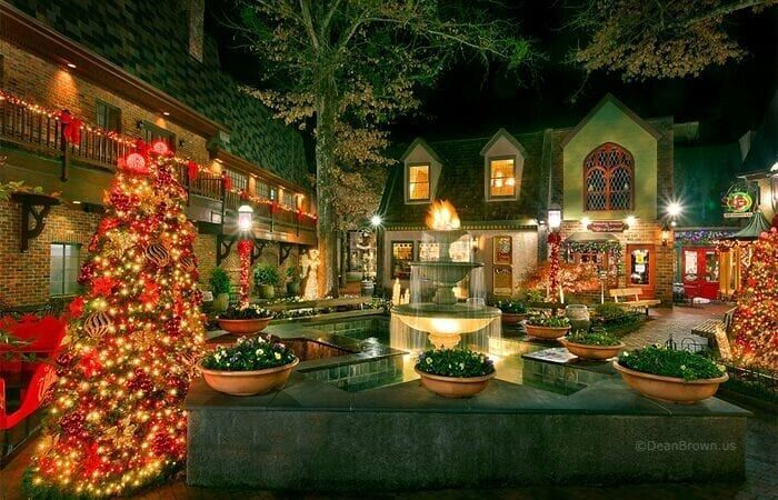 Don T Miss These 4 Ways To Enjoy The Christmas Lights In Gatlinburg Tn Smoky Mountain Christmas Gatlinburg Christmas Tennessee Christmas