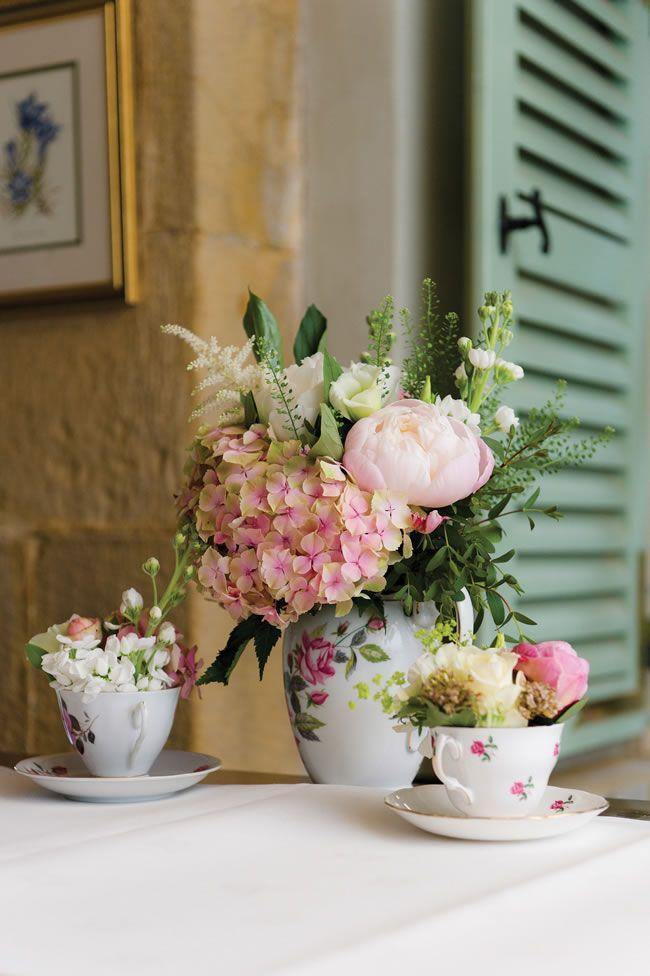 vintage country garden wedding invitations%0A traditional English country garden wedding  Flower in vintage China tea cups