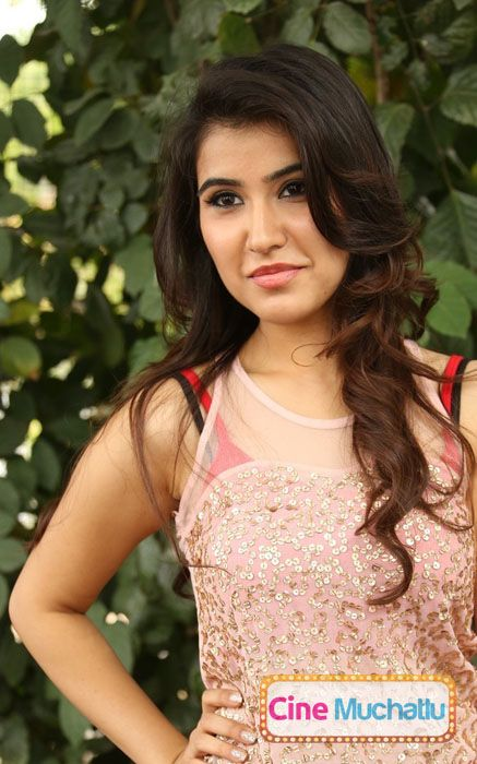 Sheena Bajaj Latest Photos