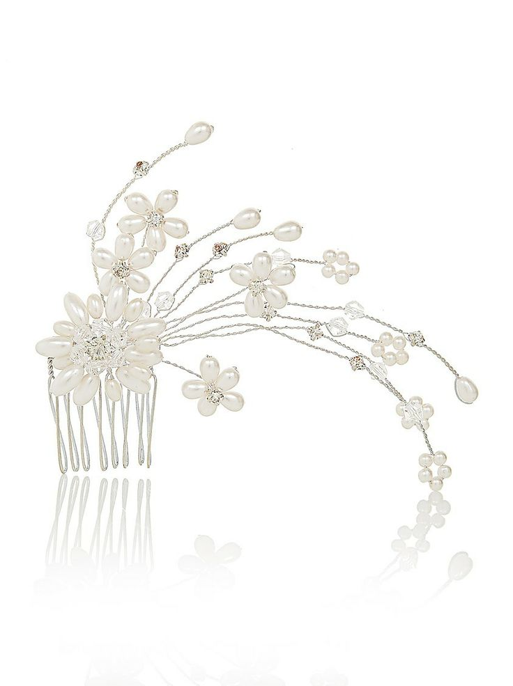 Chelsea hair slide | This hair slide would look beautiful in your hair on your wedding day and can be your 'something new'.