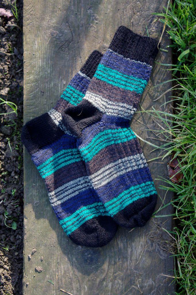 Striped socks, knitting