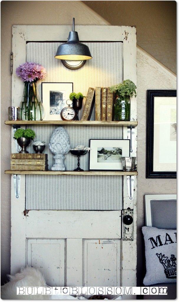 Upcycling: hyllor med belysning av gammal dörr. Bloggen Re-creating.se (återbruk)