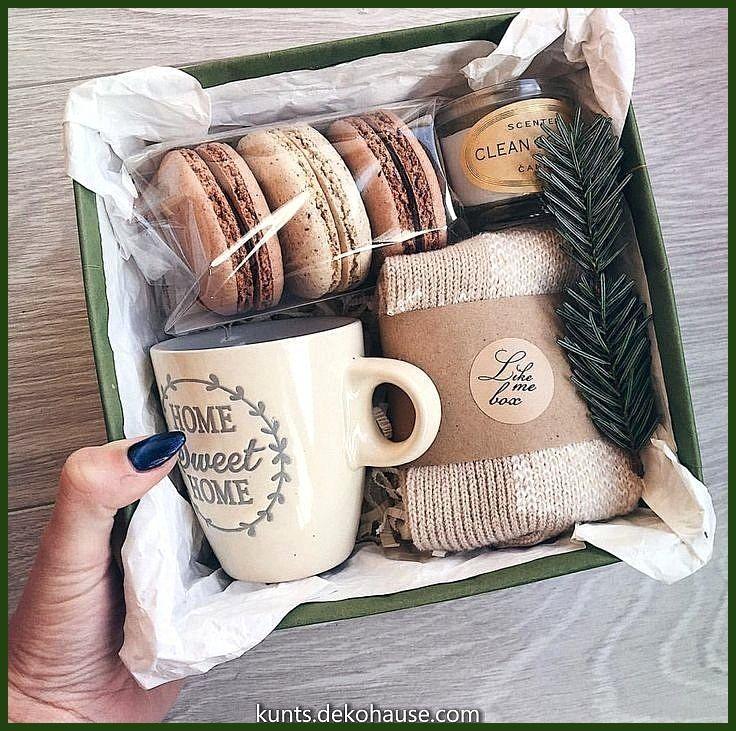 Tolle Ideen pro Weihnachtsgeschenkboxen: Pullover, Kekse, Geschenkbox