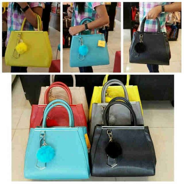Fendi 2 jours pom pom seprem IDR 275K 30x15x24 kulit taiga colors: blue, black, red, gray, apricot, yellow. cp Risa - 089608608277