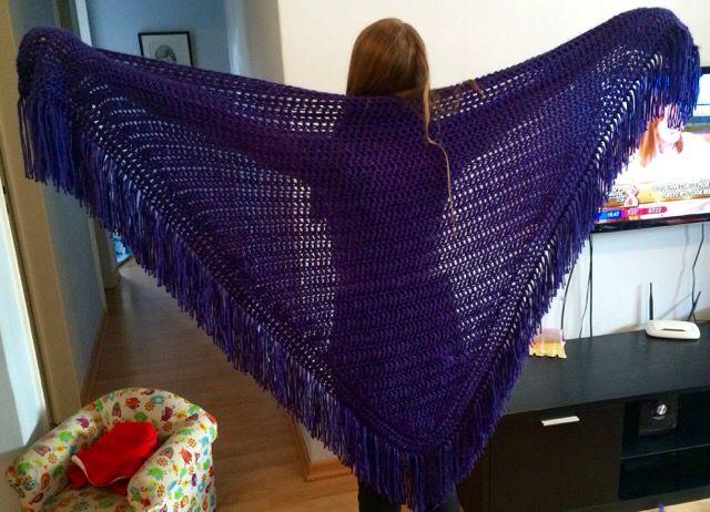 Crochet poncho violeta