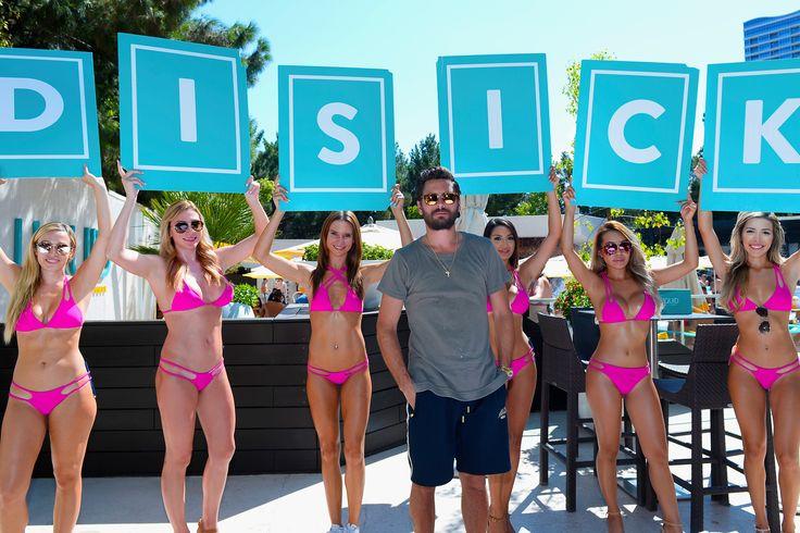 "Scott Disick's bevy of bikini babes and more star snaps Sitemize ""Scott Disick's bevy of bikini babes and more star snaps"" konusu eklenmiştir. Detaylar için ziyaret ediniz. http://www.xjs.us/scott-disicks-bevy-of-bikini-babes-and-more-star-snaps.html"