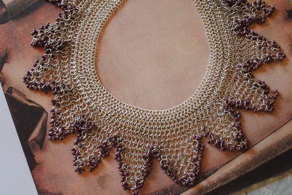 Queen's collar 3