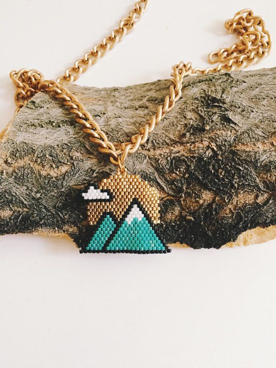 Twin peaks necklace by themoa on Etsy