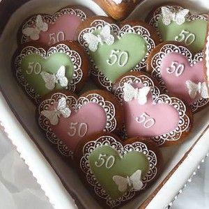 Hand decorated gingerbread cookies birthday  / Ručne zdobené medovníčky Narodeniny  / Biscotti Pan Di Zenzero Tradizionali fatti a mano per Compleanno