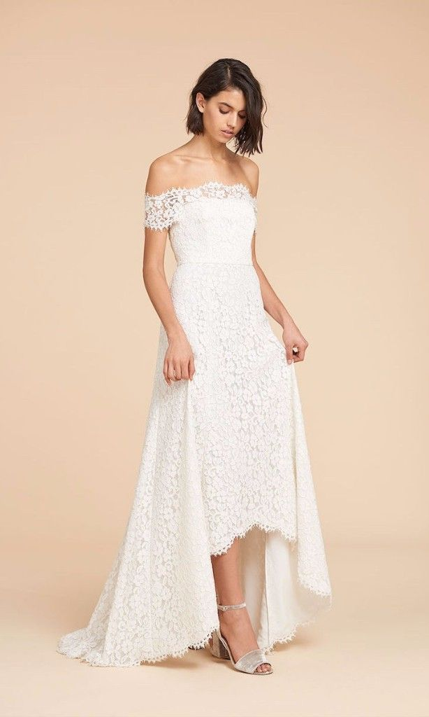 35 Beach Wedding Dresses Perfect For A Seaside Ceremony Wedding