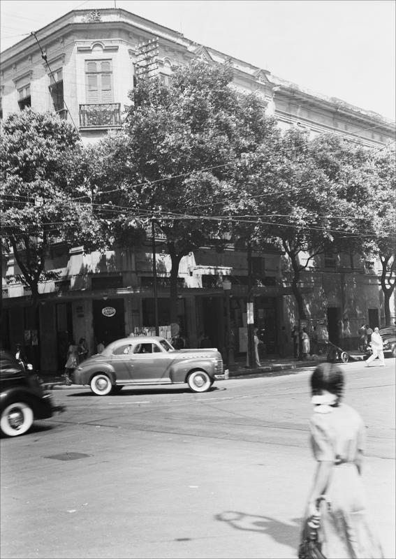 Praça XV de Novembro com Rua Sete de Setembro Malta, Augusto, 1864-1957. (03/02/1942)