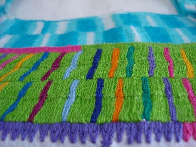 Blusas tejidas a mano por mujeres chiapanecas by Margarita Zanella :), via Flickr