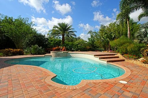1-acre of lush tropical grounds