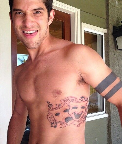 from Quincy tatoo gay actor