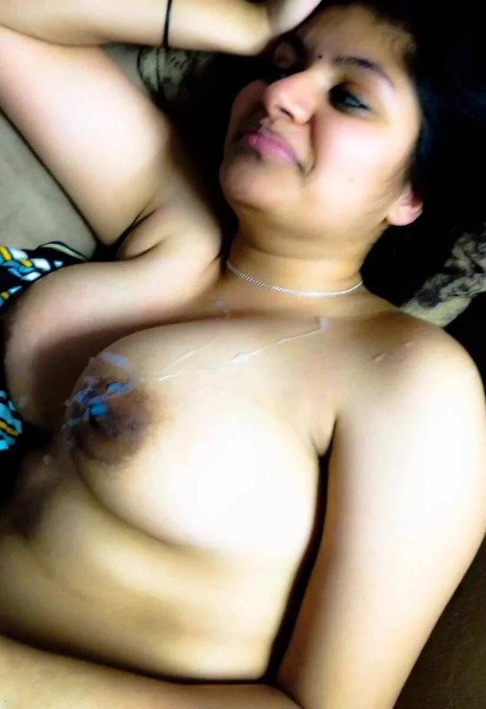 naked cute girl