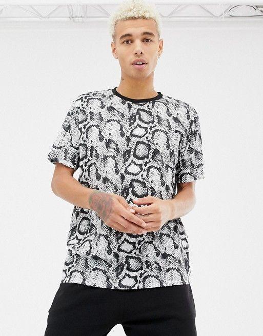 545b67f8 DESIGN relaxed t-shirt in snakeskin print in 2019 | Snakeskin Shirts ...