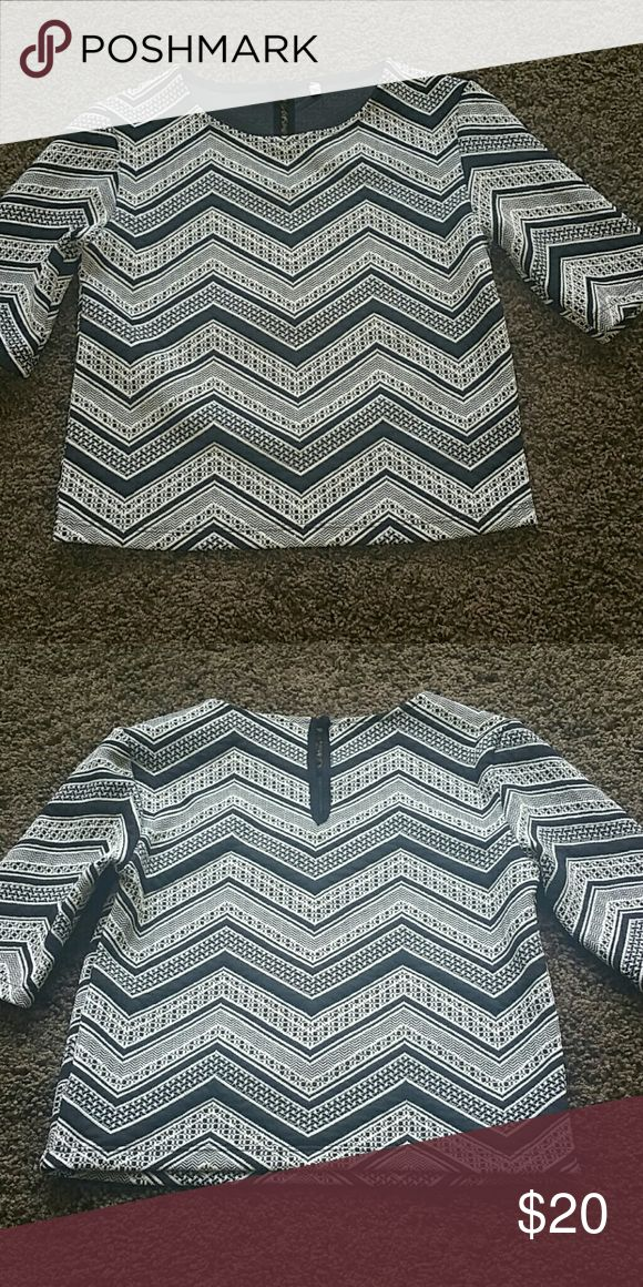 Petite women's top Beautiful Black and Whites top 98% polyester and 2% spandex Tops Blouses