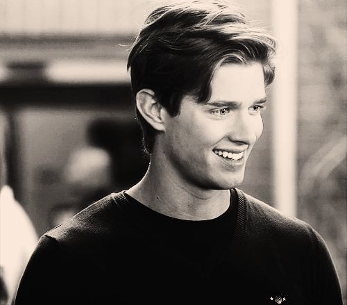 Jason DiLaurentis (Drew Van Acker) - Pretty Little Liars (credit: unknown)