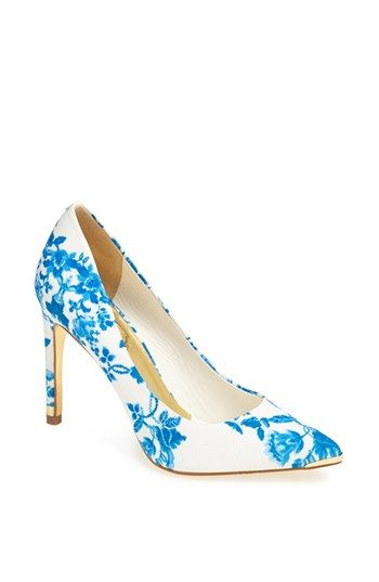 blue + white floral pumps - perfect something blue for the bride!
