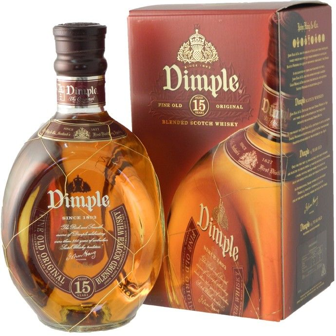 Dimple Whisky 15 year old - premium blend whiskey available to buy online from Bakers and Larners.
