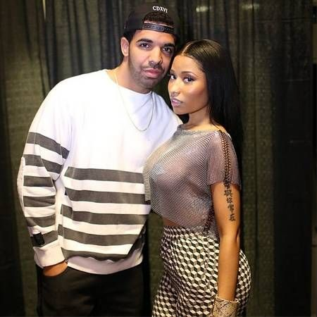 "Looking to Get with Drake? Check Out Nicki Minaj's Tips for Snagging the Hip Hop Star- http://getmybuzzup.com/wp-content/uploads/2014/06/323491-thumb.jpg- http://getmybuzzup.com/looking-to-get-with-drake-check-out-nicki-minajs-tips/- By editorial@wetpaint.com (Landen Zumwalt)  Looking to get with Drake? Nicki Minaj has plenty of tips for snagging the hip hop star. During an interview with Capital Xtra, Nicki had plenty to say about Drake and whether or not he was the ""perfe"