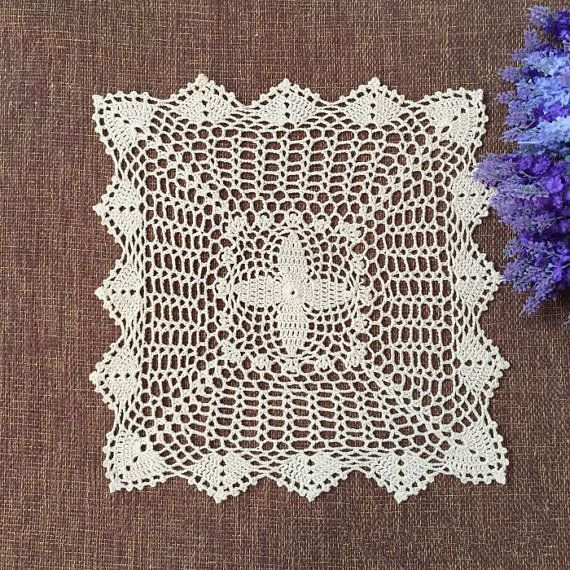 40x40 cm Vintage style placemat square, Delicate pattern doilies for wedding #Handmade
