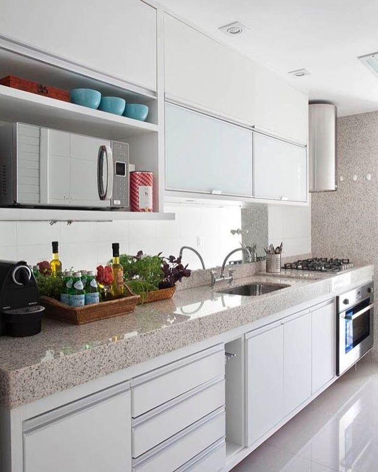 """3,426 Likes, 56 Comments - Meu Apê Decor (@meuapedecor) on Instagram: """"Amo cozinha branca ❤️ ⚠️🍀 Participem do sorteio 🍀⚠️ #meuapedecor #apartment #apartamento #decoração…"""""""